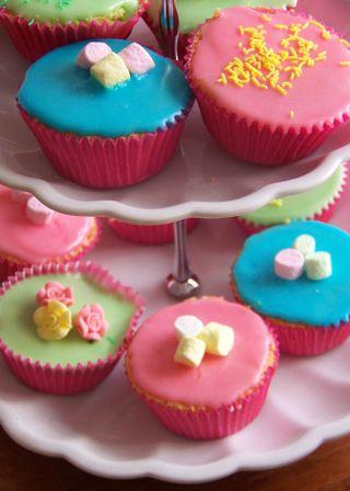 Charlee's cupcakes web