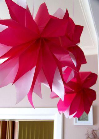 Web paper flowers