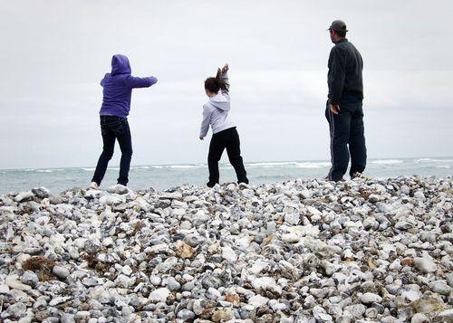 Throwing rocks easter weekend 2web